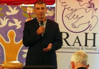 Anzac Day 2015. Speaker Mehmet Ozalp