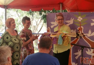 Mayor Jenny Dowell – Receiving Peace Sculpture